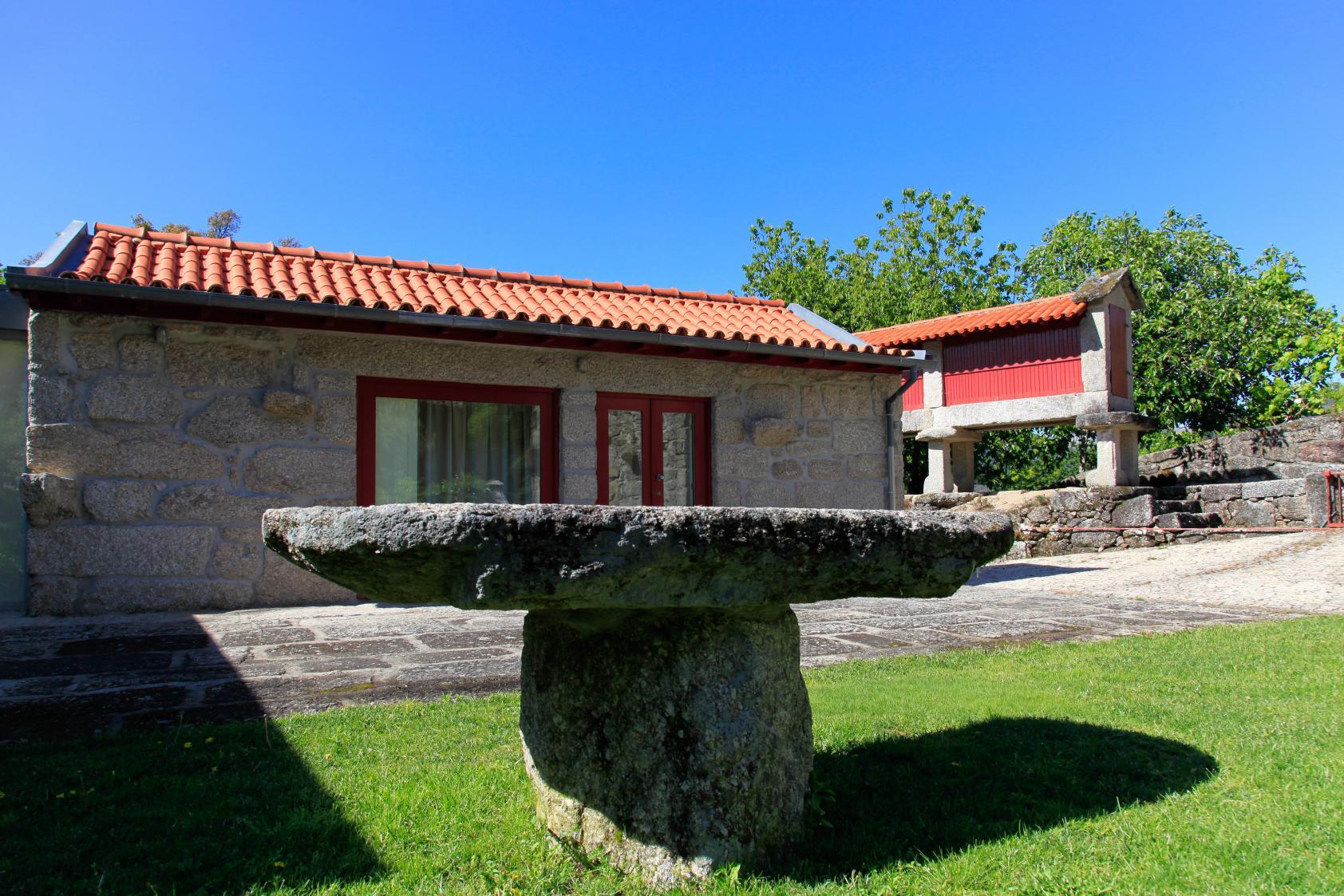 Casa da cabana louredo - Casas rurales norte de portugal ...